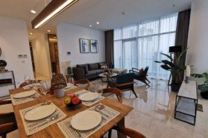 Livingroom and dinning room verde apartment