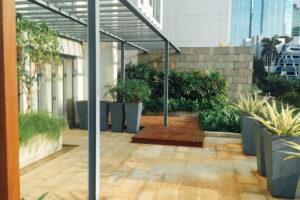 outdoor patio verde apartment
